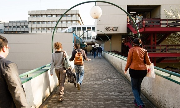 Université Catholique de Louvain 3