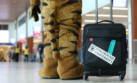 Exchange_tiger suitcase 579x350