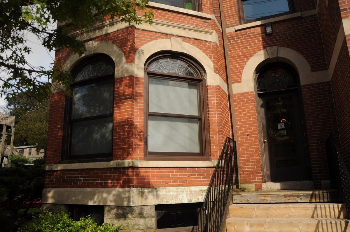 grad house exterior