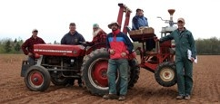 oacc-ad-tractor-crew