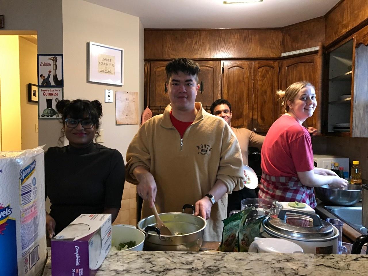 Dumpling party 2020 (photo 8)