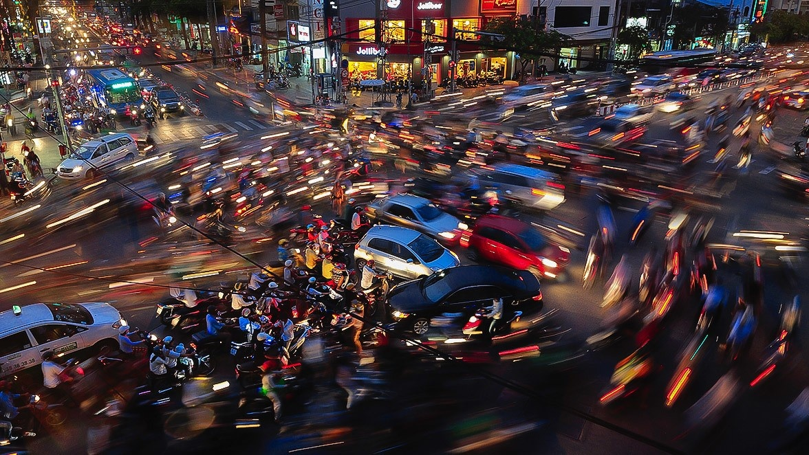 saigon-traffic-jam_1495975410_grande