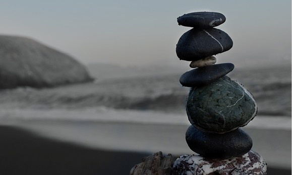 Rocks stacked on top of each other at the beach