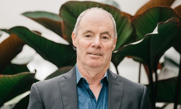 Richard Devlin receives CALE Lifetime Achievement Award