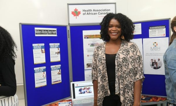 Med students give community organizations a helping hand