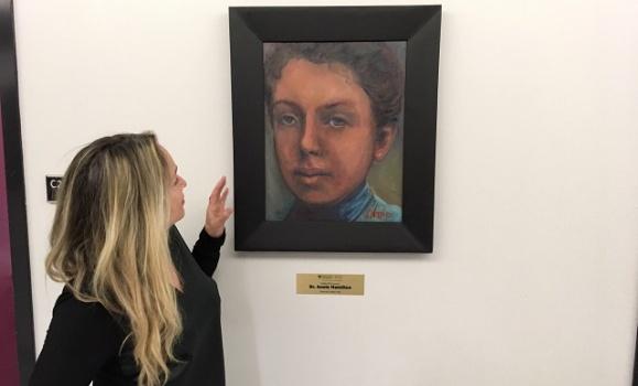 Making history: Meet Jo Napier, the artist behind the Dal Med Innovator portraits