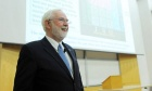 Science and Art: Nobel Prize‑winning alum captivates capacity Dal crowd