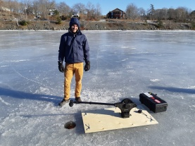 Testing the through-ice CTD equipment on Kearney Lake (just outside Halifax). Jan 2019. Photo credit: Eric Oliver