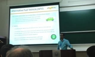 Dr. Habib presents at WCTR